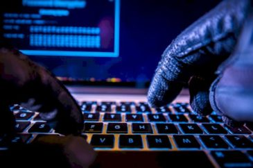 1 in 3 workers keeps same password after breach