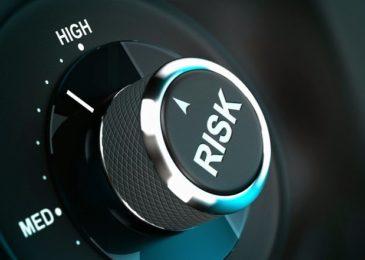 Thách thức của người làm luật trong theo dõi rủi ro