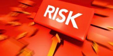 Rủi ro tỷ giá và rủi ro về tính thanh khoản