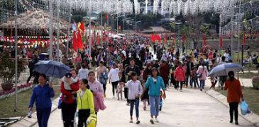 Hội ném còn đầu năm nơi thượng nguồn sông Đà